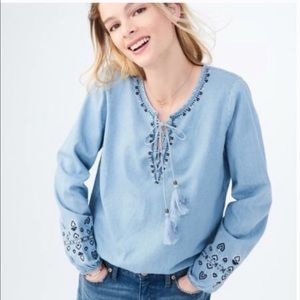 Aeropostale embodied lace up top